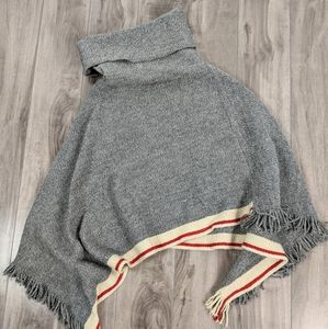 Roots Cabin Sweater Poncho Kids Large